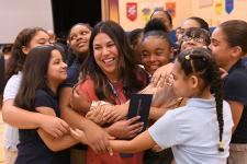 2019 CT Lauren Sepulveda students hug